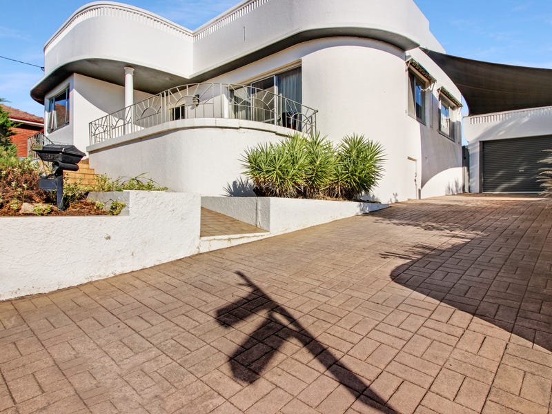 120 Coleman Street, Turvey Park, NSW 2650