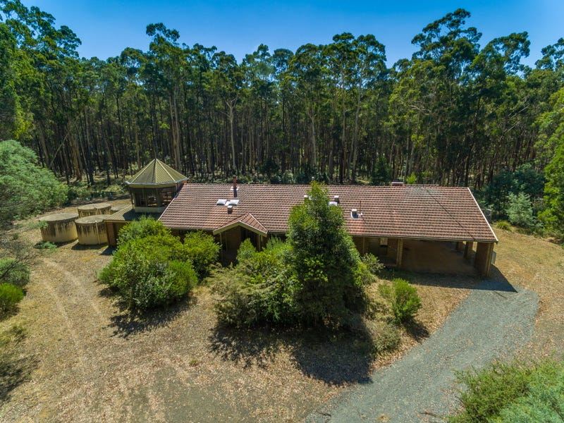 150 Horvaths Road, Trentham, Vic 3458
