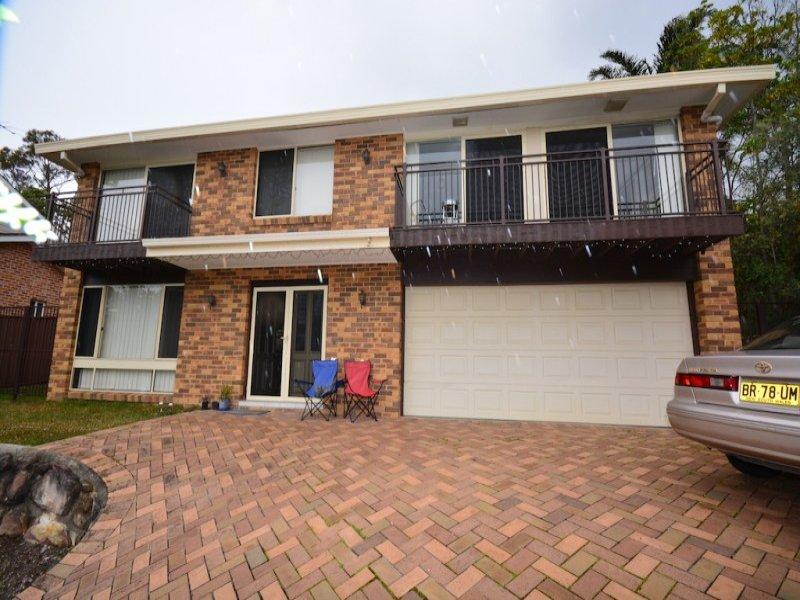 110 Blaxland Road, Illawong, NSW 2234