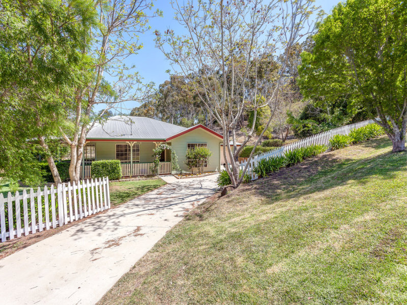 3 Doyle Court, Top Camp, Qld 4350