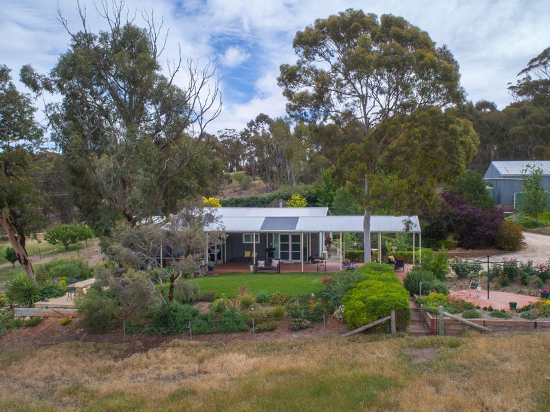 104 Sollys Hill Road, Watervale, SA 5452