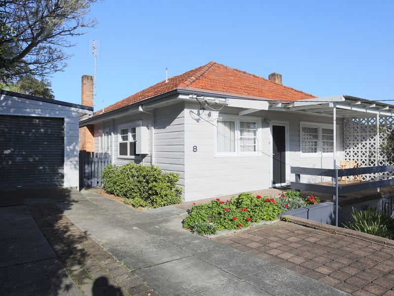 8 Jonathan Street, Warners Bay, NSW 2282 - House for Sale