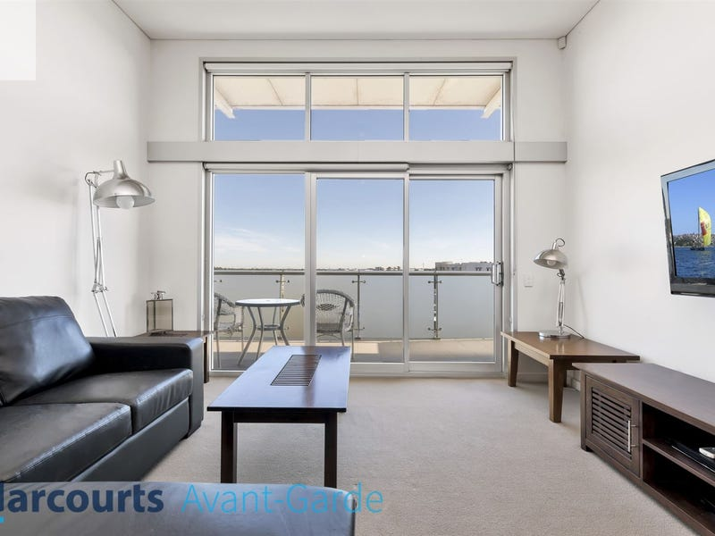 18/21-25 Euston Walk, Mawson Lakes