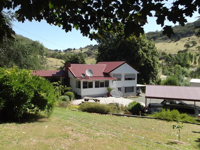 5354 Batlow Road, Tumut, NSW 2720