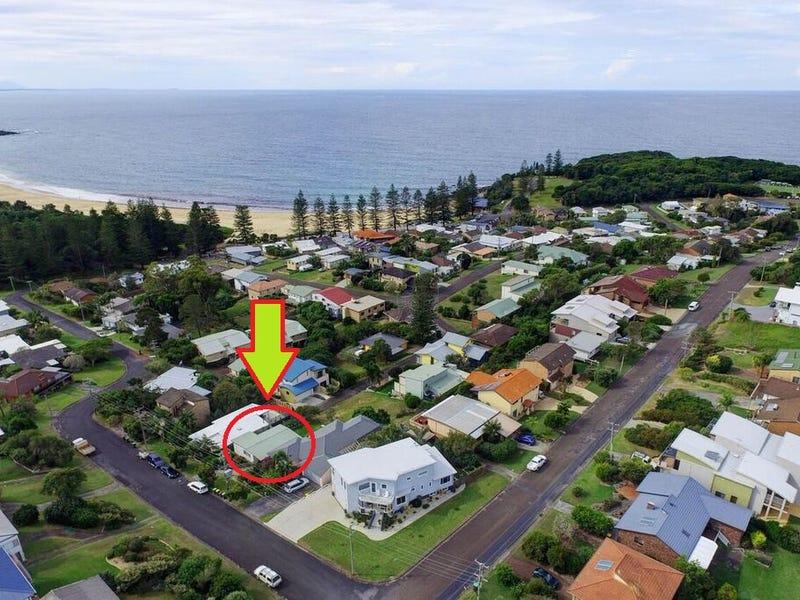 22 Surfview Avenue, Black Head, NSW 2430
