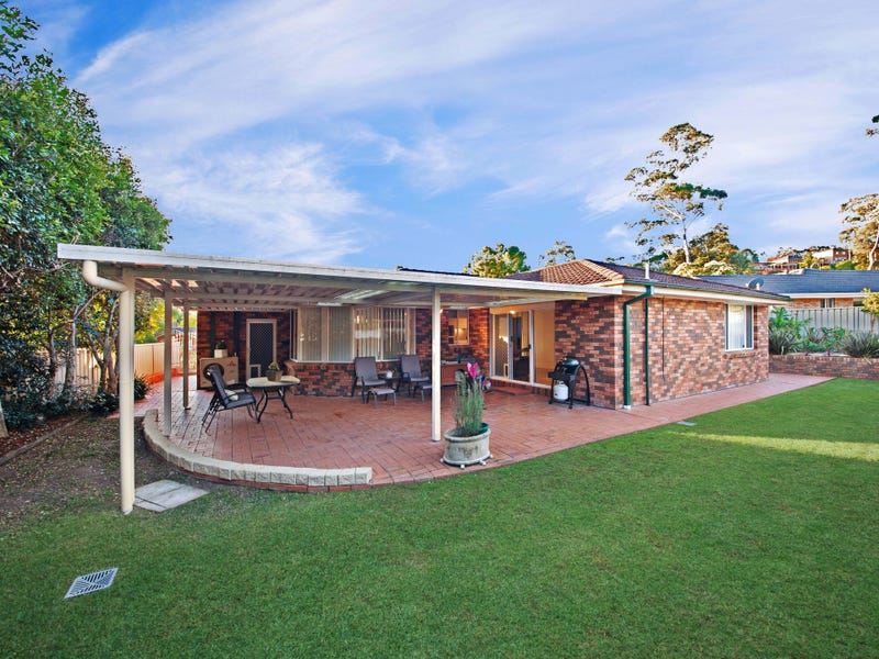 10 Brie Close, Lisarow, NSW 2250