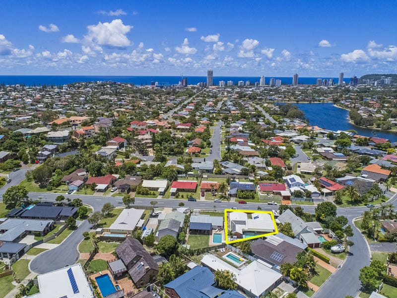 18 Anthony Drive, Burleigh Waters, Qld 4220