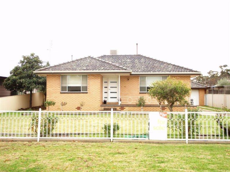 391 Cadell Street, Hay, NSW 2711