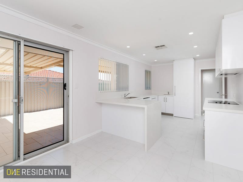 1/5 Bridges Road, Melville