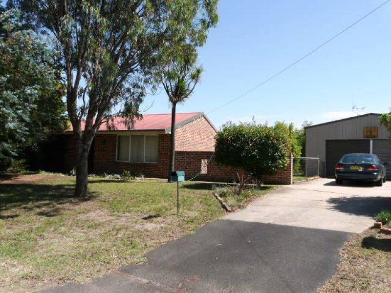 19 Oates Place, Eglinton, NSW 2795