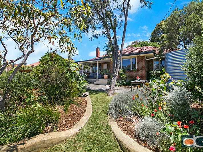 8 Hartley Street, Coolbellup, WA 6163