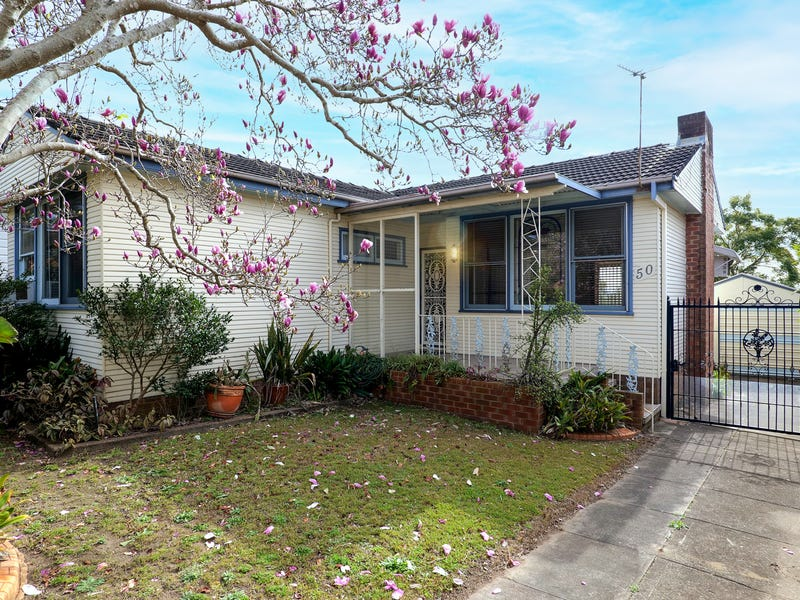 50  Collinson Street, Tenambit, NSW 2323