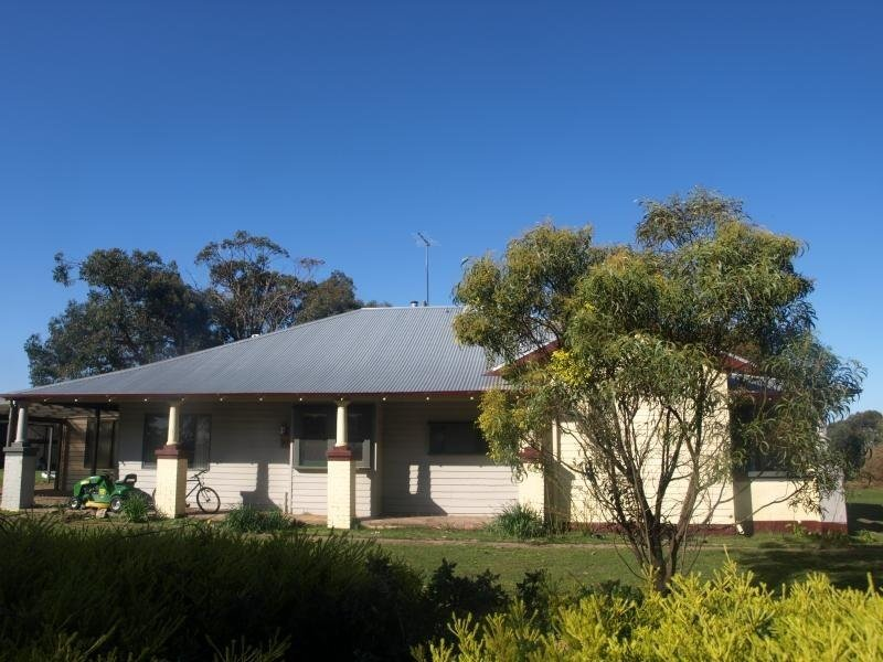 168 Byaduk Lutheran Church Road, Byaduk, Vic 3301
