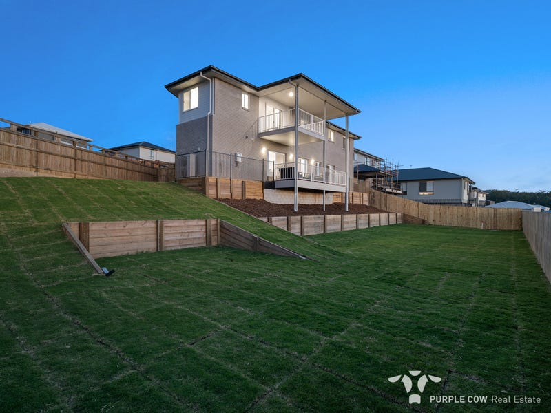 27 Midnight Crescent, Spring Mountain, Qld 4300