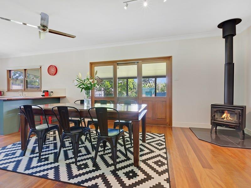 11 Boyce Ave, Wyong, NSW 2259
