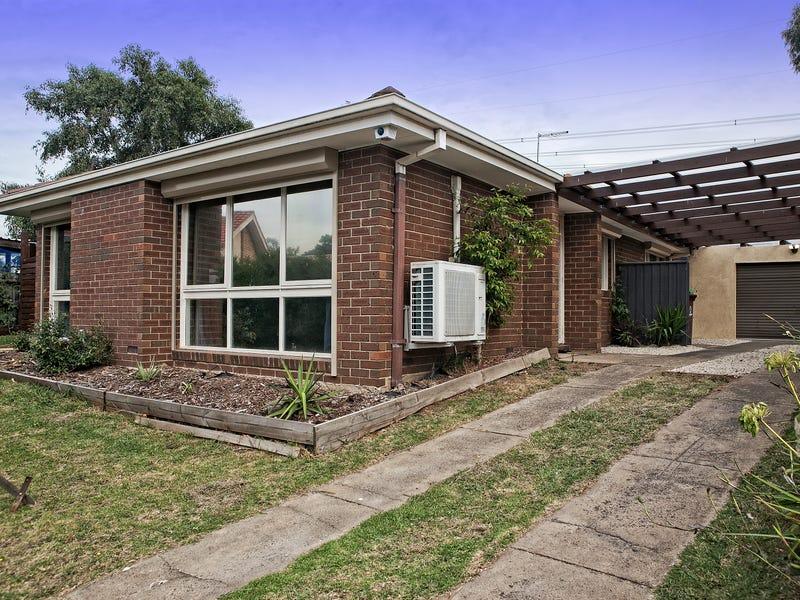 18 Rebecca Court, Cranbourne North, Vic 3977