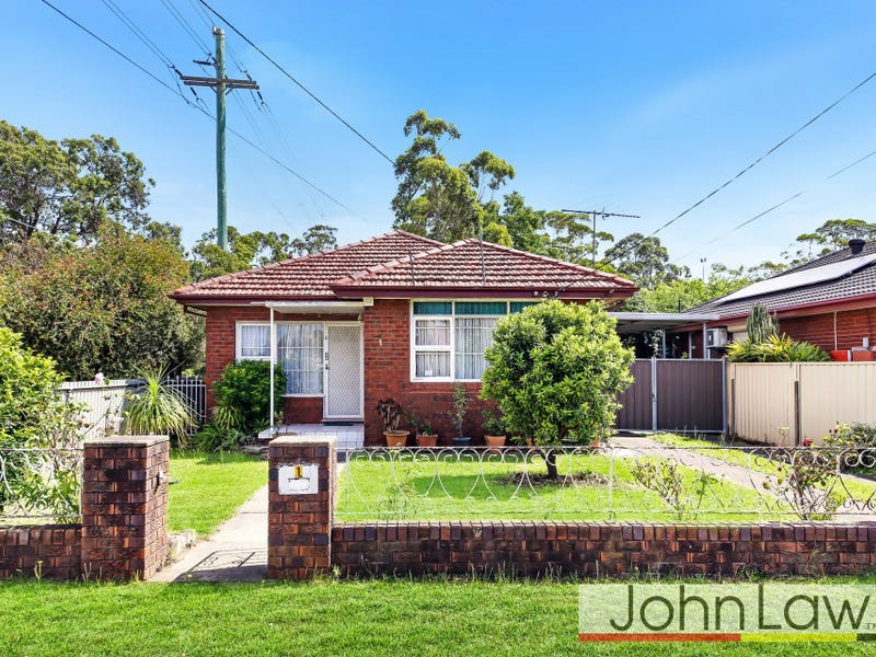 1 CLARENCE ST, Canley Heights, NSW 2166