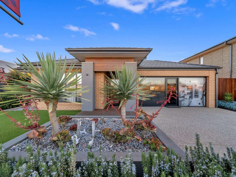 7 Congregation Circuit, Wyndham Vale, Vic 3024