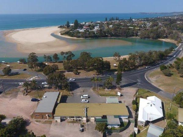 1669 Ocean Drive, Lake Cathie, NSW 2445