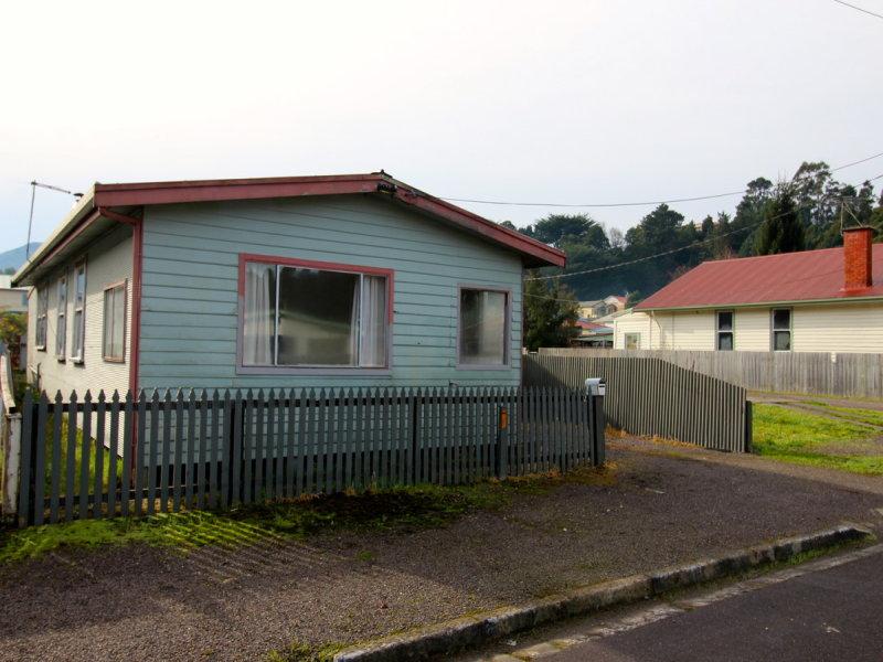 2 Knox Street, Queenstown, Tas 7467