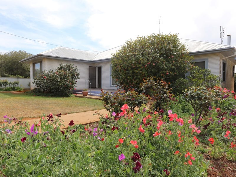 63 Deutcher Street, Temora, NSW 2666