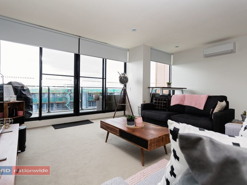 307/50 Catamaran Drive, Werribee South, Vic 3030