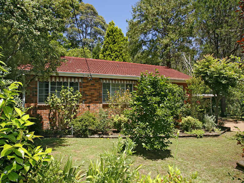 10 Warner Avenue, South Turramurra, NSW 2074