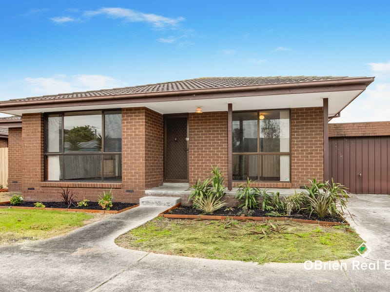 2/3 Fairfield Street, Cranbourne, Vic 3977