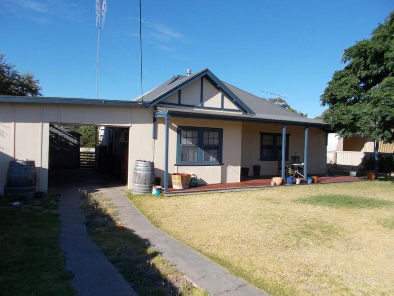 32 DeCourcey St, Bordertown, SA 5268