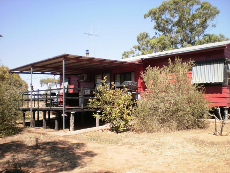 132 Nine Mile Mine Rd, Wedderburn, Vic 3518