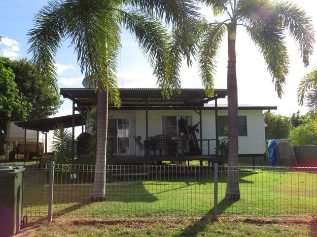 19 Crampton Road, Georgetown, Qld 4871