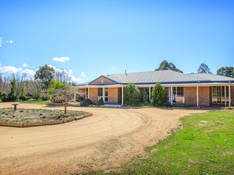 15 Lipsett Road, Thurgoona, NSW 2640