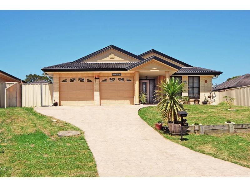18 Burradoo Crescent, Nowra, NSW 2541
