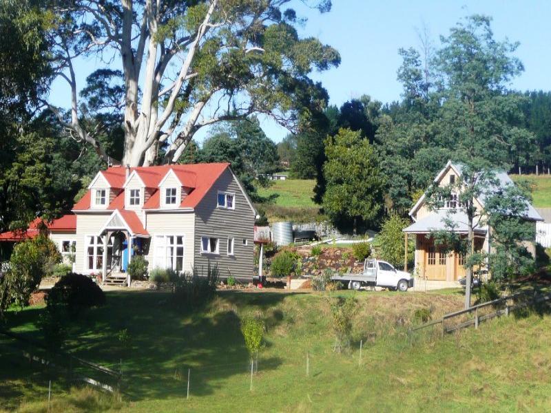 128 Cradle Mountain Rd, Wilmot, Tas 7310