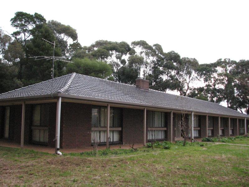64 Warragul Leongatha Road, Ellinbank, Vic 3821