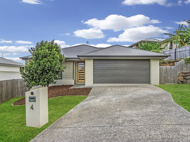 4 Hadrian Crescent, Pacific Pines, Qld 4211