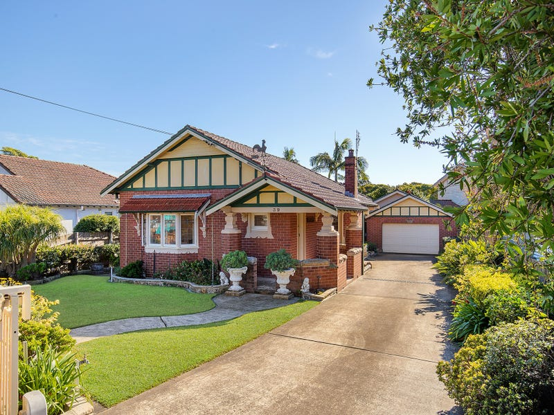 39 Laurel Street, Willoughby, NSW 2068