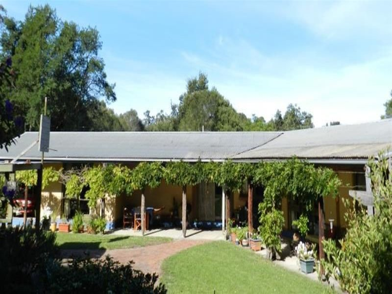6 Riches Road, Sarsfield, Vic 3875