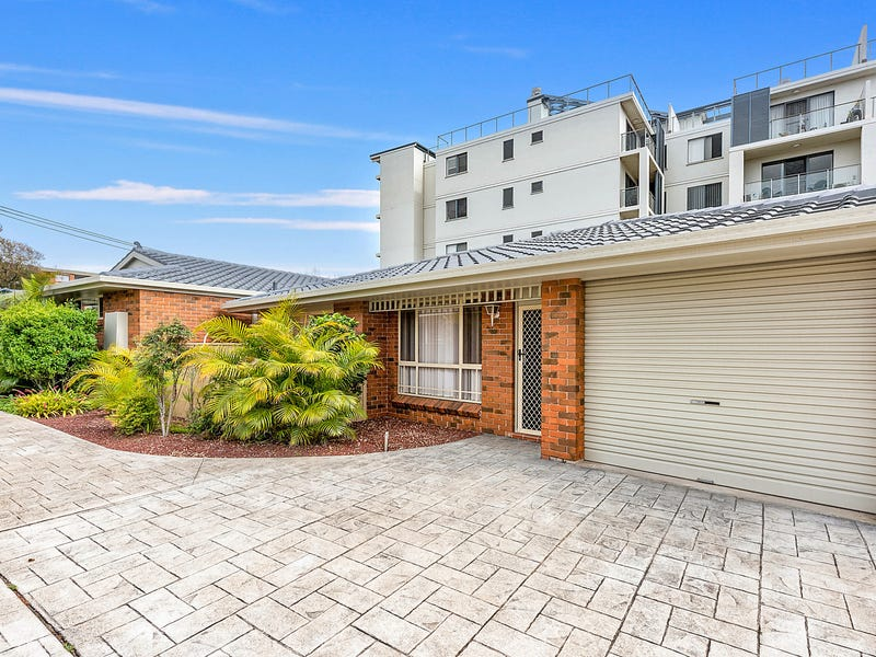 2/16 Gore Street, Port Macquarie, NSW 2444