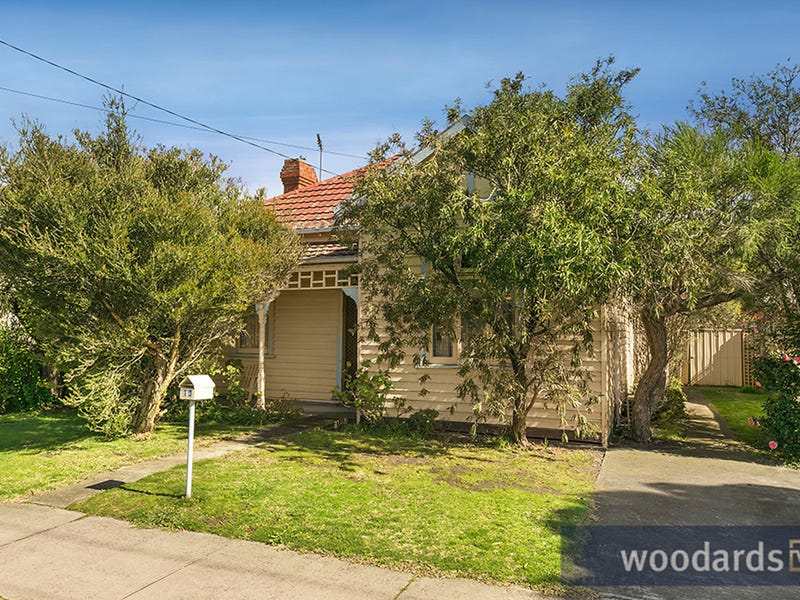 13 Richardson Street, Hughesdale, Vic 3166