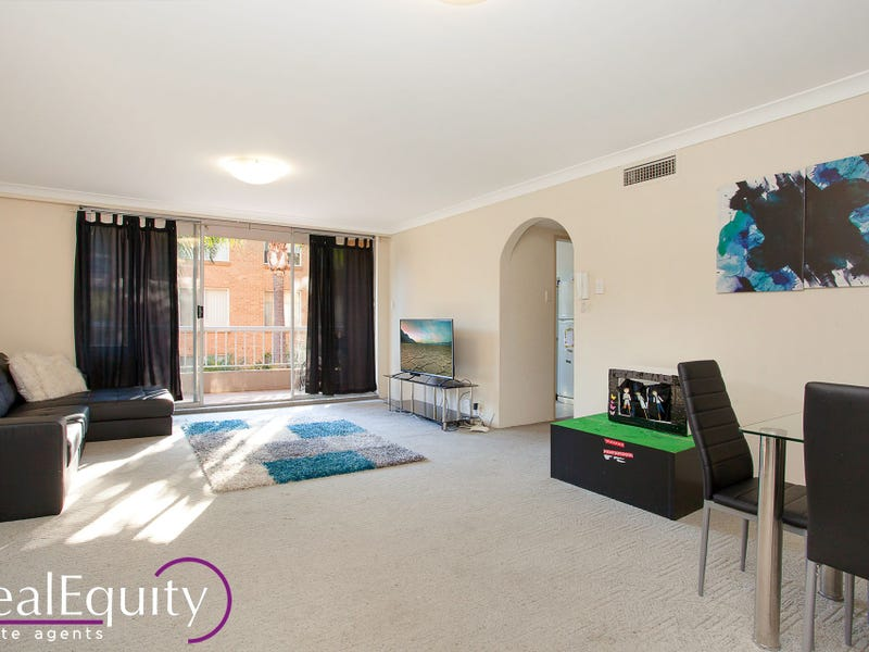 18/2 Mead Drive, Chipping Norton, NSW 2170