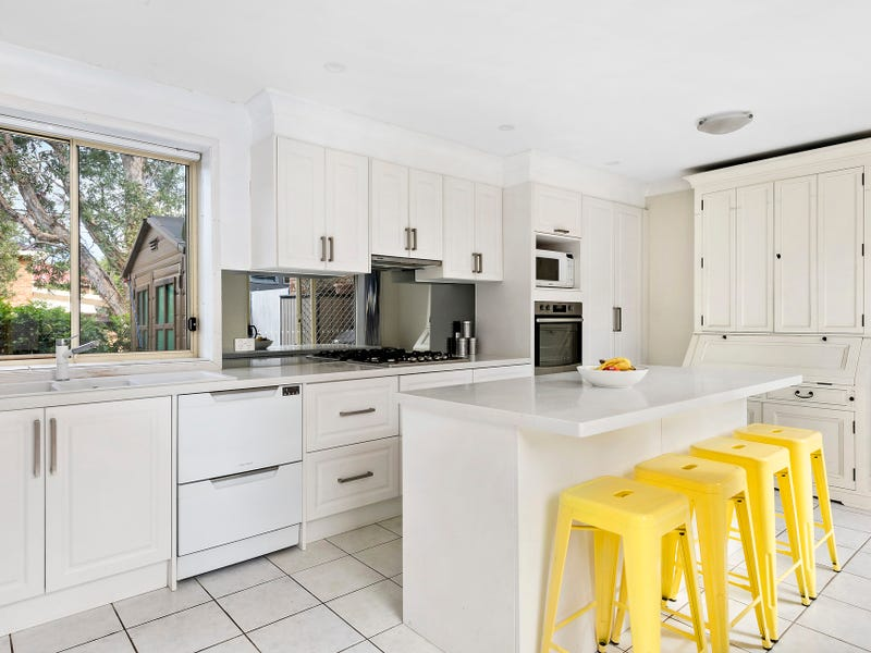 126 Abbott Road, North Curl Curl, NSW 2099