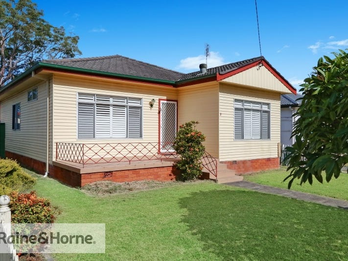 2 Alma Avenue, Blackwall, NSW 2256