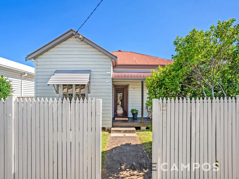 18 George Street, Mayfield East, NSW 2304