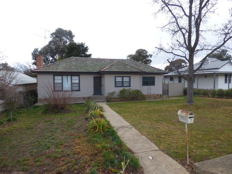 7  Scott Street, Harden, NSW 2587