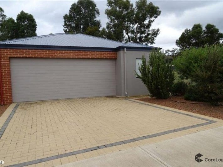 17 Banksia Cres, Boddington, WA 6390