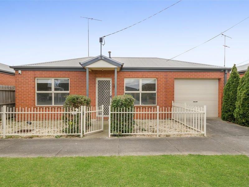 15 Walsh Grove, North Geelong, Vic 3215