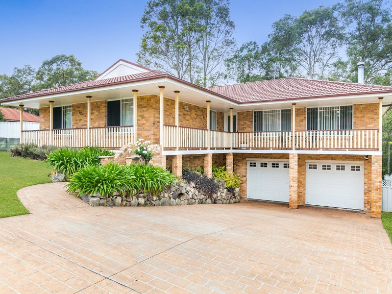 83 Connaught Road, Valentine, NSW 2280