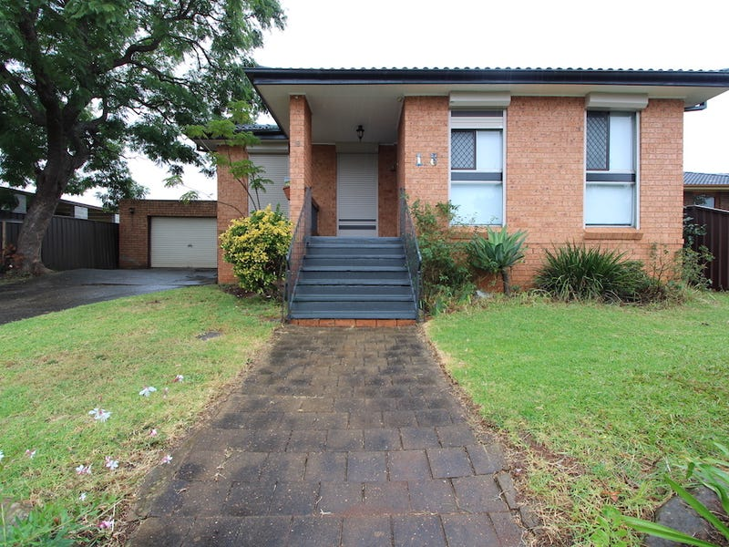 18 Fairlight Place, Woodbine, NSW 2560