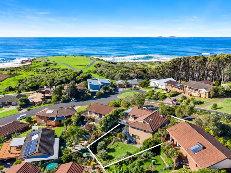 11 Warbler Crescent, North Narooma, NSW 2546